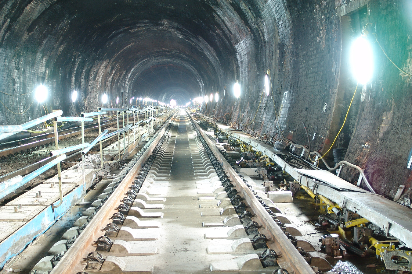 Tunnel Track Construction in Southampton Tunnel